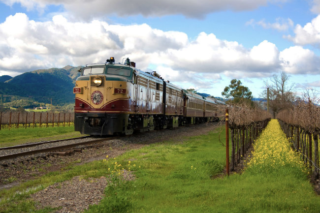 Una delle due locomotive del Napa Valley Wine Train