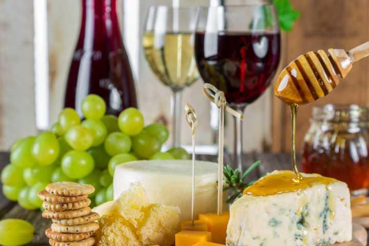 Abbinamenti tra cibo e vino come strategia di marketing