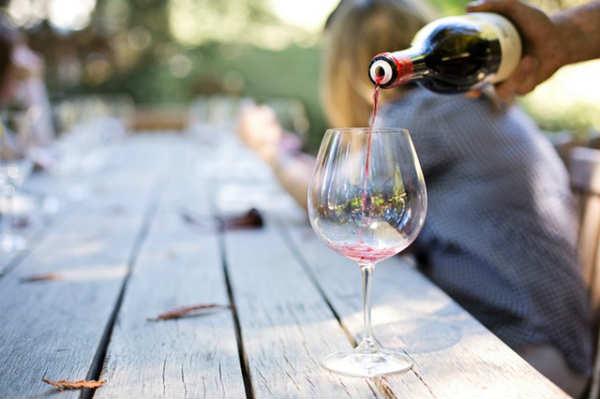 Quanto costano i vini dell'esame Master of Wine 2018 – Batteria 1
