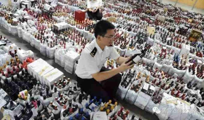 La Cina colpisce il contrabbando di vino