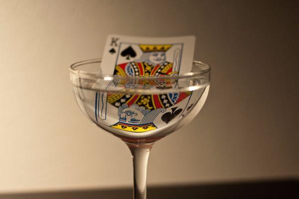 wine card game king casino